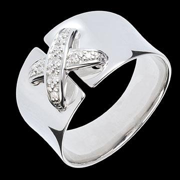 white_gold_diamond_jewellery