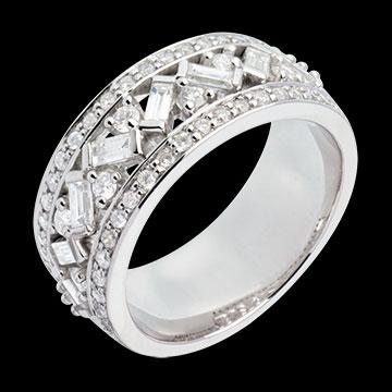 white_gold_large_diamond_ring